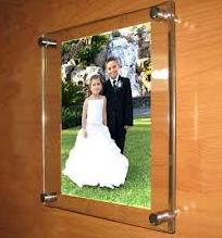 acrylic_sandwhich_frame
